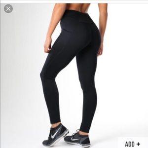 Gymshark Pants - Gymshark dry sculpture leggings